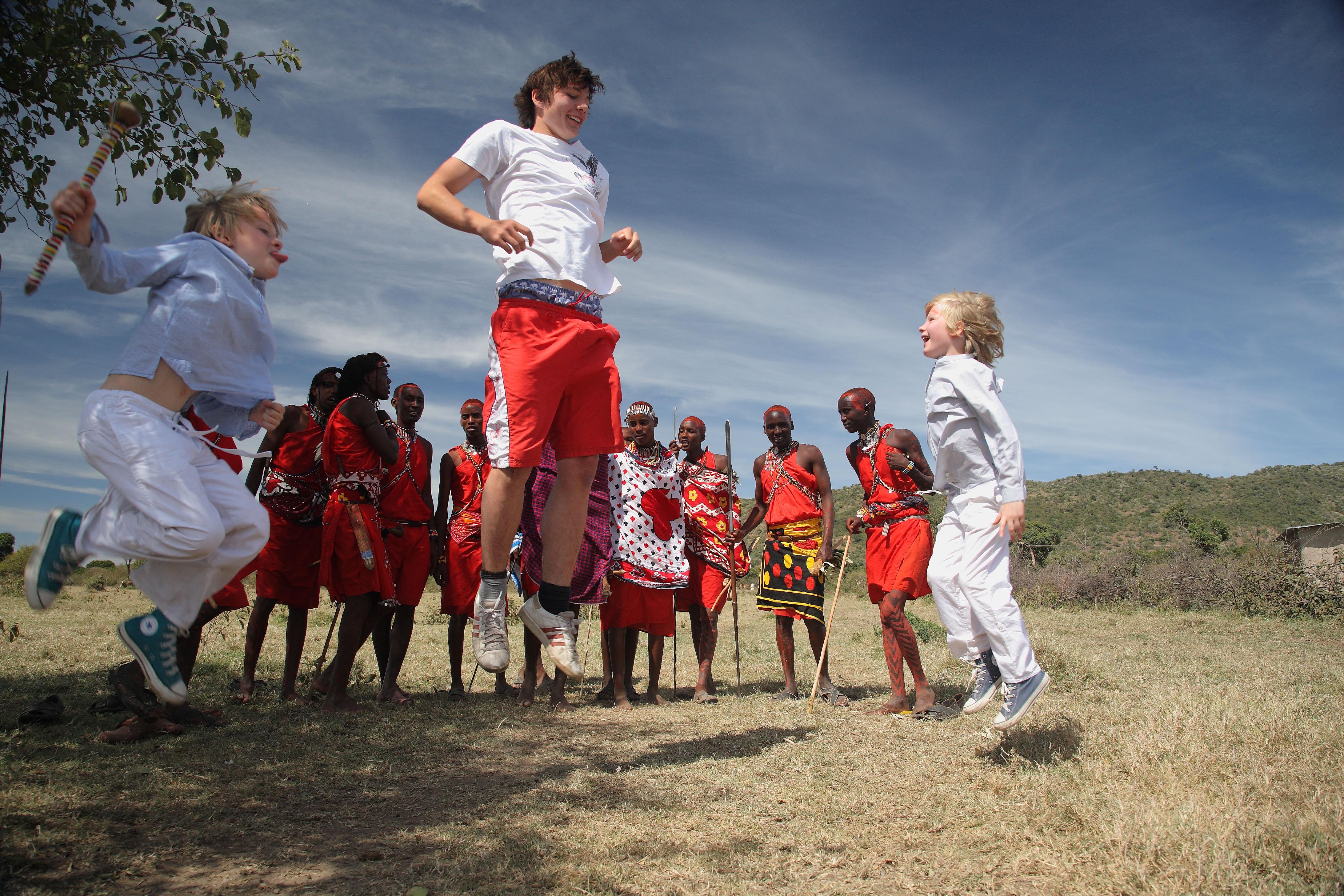 Jumping with the Maasai (1)