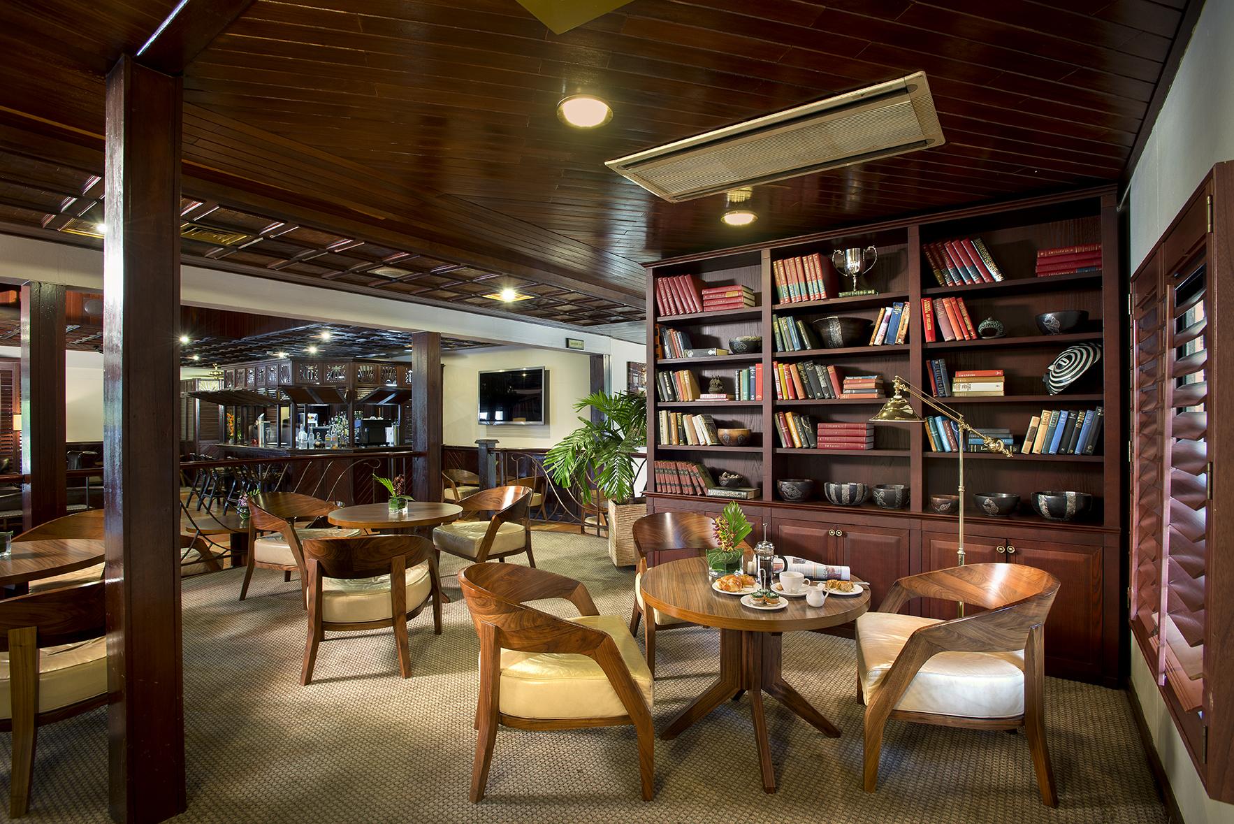 The Lababi Beach Hotel lounge