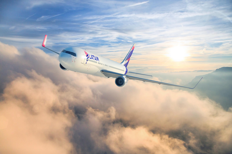 latam-airlines-boeing-767