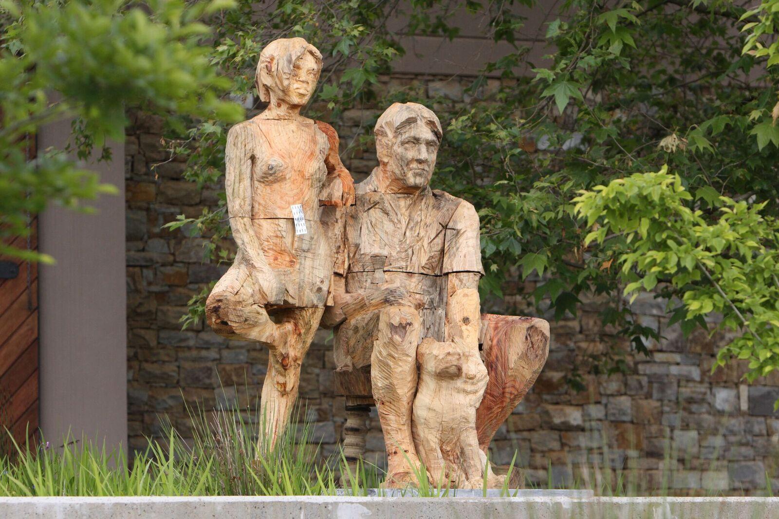 TOKARA Garden Sculpture - Artist Egon Tania