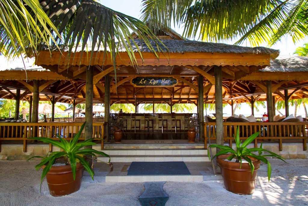 Le Lys Bar at Alphonse Island Resort – via Where Wise Men Fish