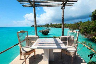 Four Seasons Resort Seychelles – courtesy of Four Seasons Resort Seychelles